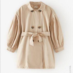 Zara impermeable  trench coat oversized 2020